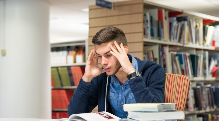 stress for college students essay Stress in college students according to a 2008 mental health study by the associated press and mtvu, eight in 10 college students say they have sometimes or frequently experienced stress in their daily lives over the past three months.